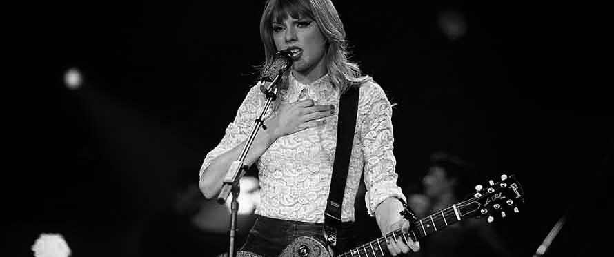 Kan en jente spille gitar?